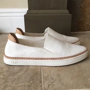 UGG SAMMY SLIP ON SNEAKER